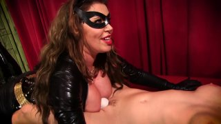 Streaming porn video still #23 from Catwoman On The Prowl
