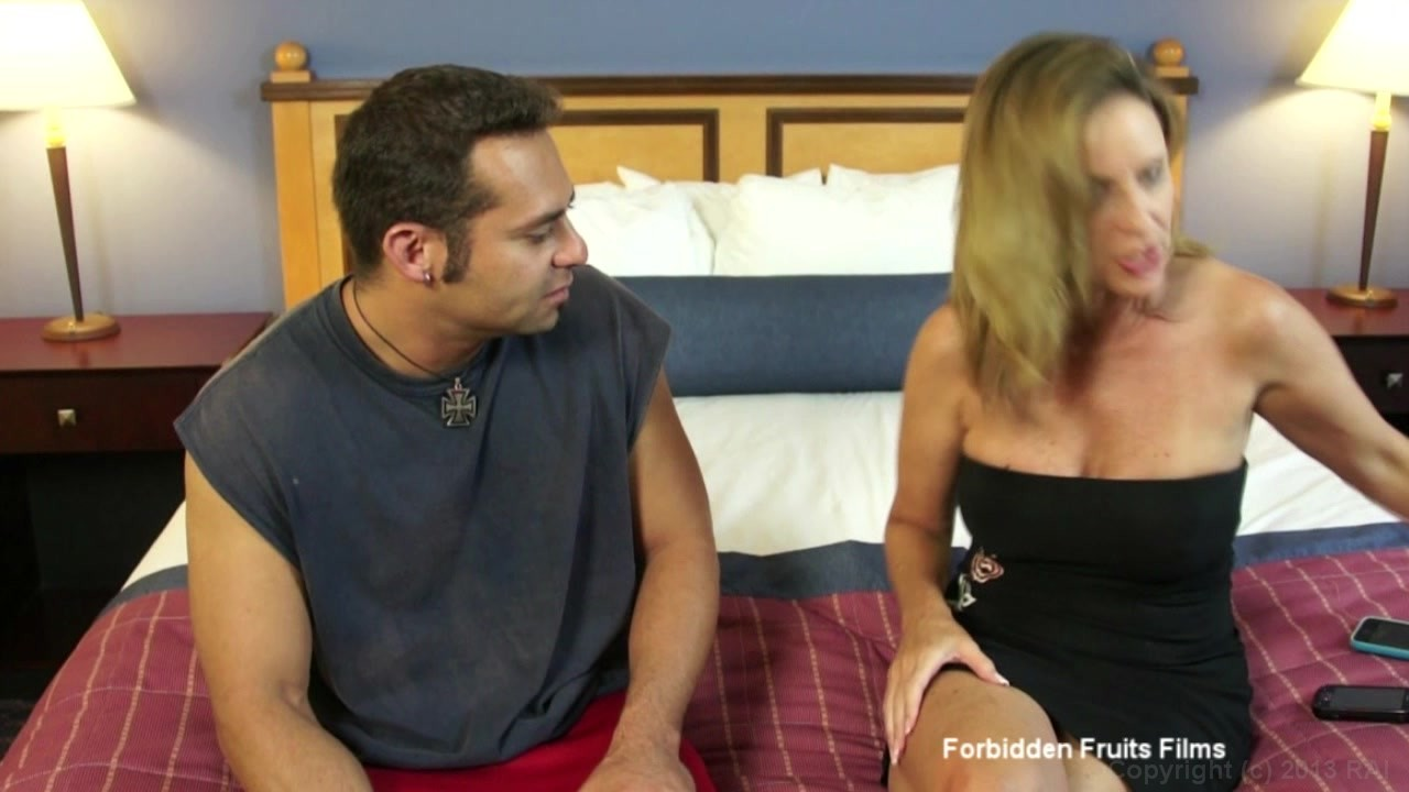 Beautiful jodi west fucks her step son and loves every inch of his cock