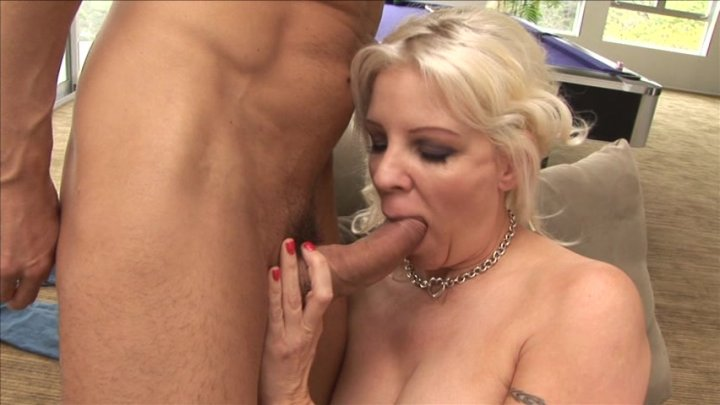 Alanna funny blonde masturbating wet pussy