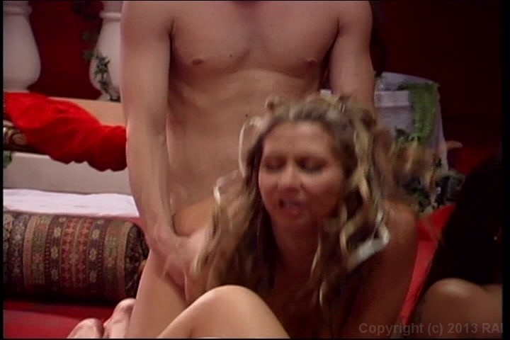 Reverse blowjob from cum eater wife