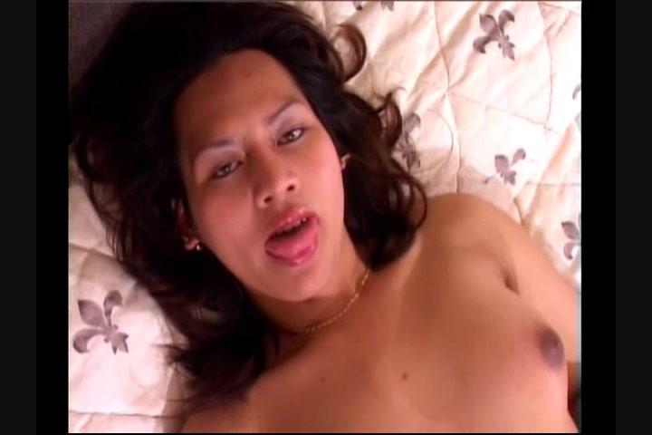 Hannah fucks in puplic