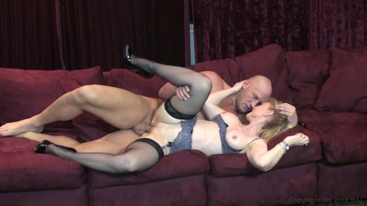 Lesbian strap on videos milf