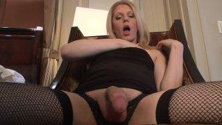 Streaming porn video still #3 from Tyra Scott 5