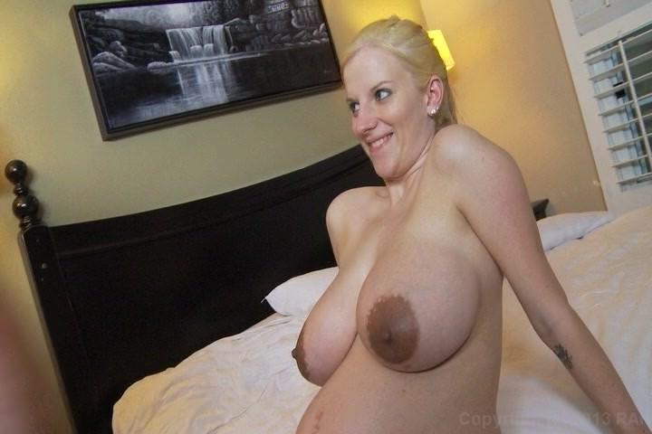 Preggo porn pics
