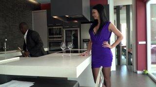 Streaming porn video still #2 from Black Escort Agency: Femmes de Pauvoir