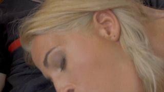 Streaming porn video still #3 from Garces