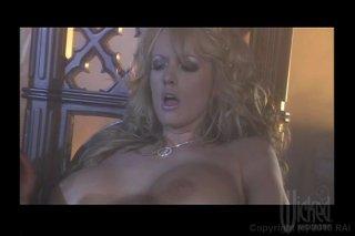 Streaming porn video still #9 from Da Vagina Code