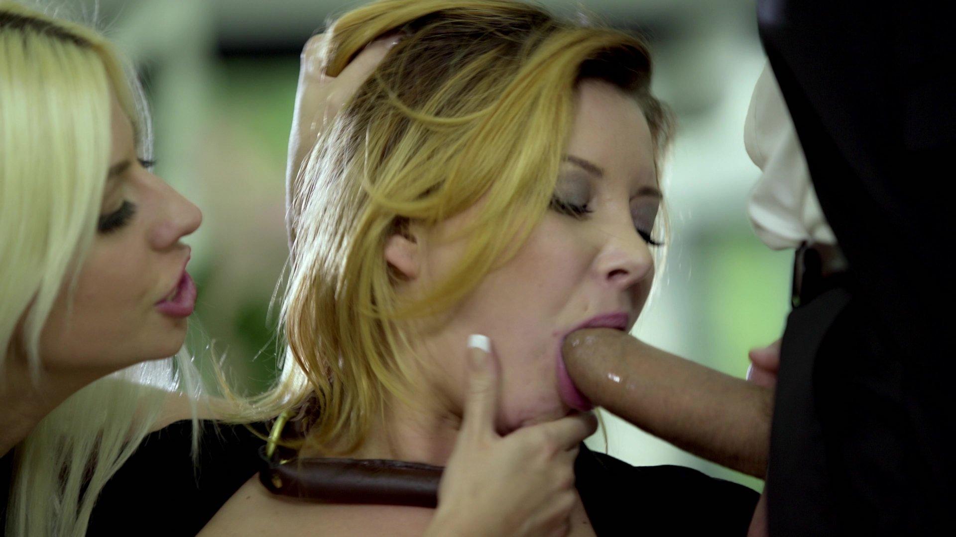 Sexy french blonde jessy volt enjoys a hot sex 5