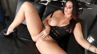 Streaming porn video still #2 from Curvy Girls Vol. 7