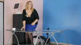 Streaming porn video still #1 from Scale Bustin Babes 61
