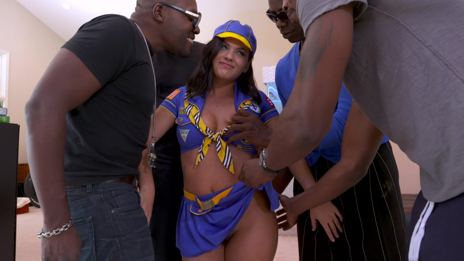 J'aimerai voir gorgeous brunette gang bang hot