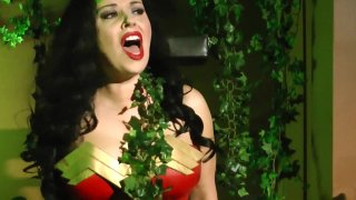 Streaming porn video still #4 from Wonder Woman vs Poison Ivy