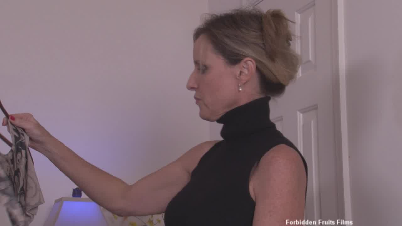 Stretching Mom Streaming Video At Jodi West Official -1267