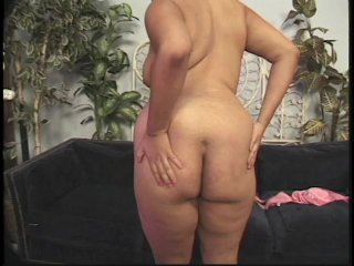 Streaming porn scene video image #2 from Preggo babe loves to please herself