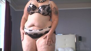 Streaming porn video still #1 from Scale Bustin Babes 47