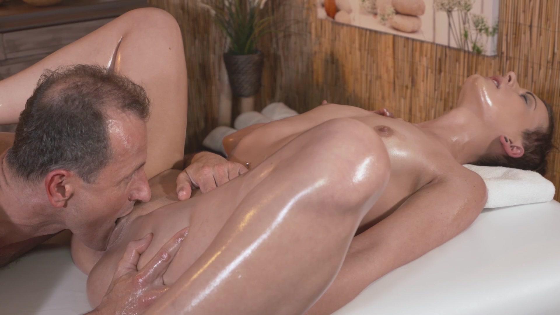 Расслабляющий массаж порно с куни на русском