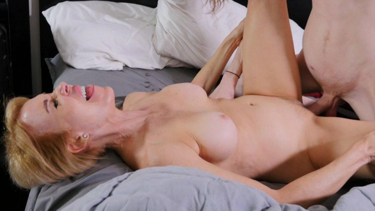 Big bootie ass hoes