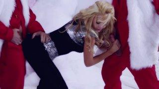 Streaming porn video still #7 from Barbarella XXX: An Axel Braun Parody