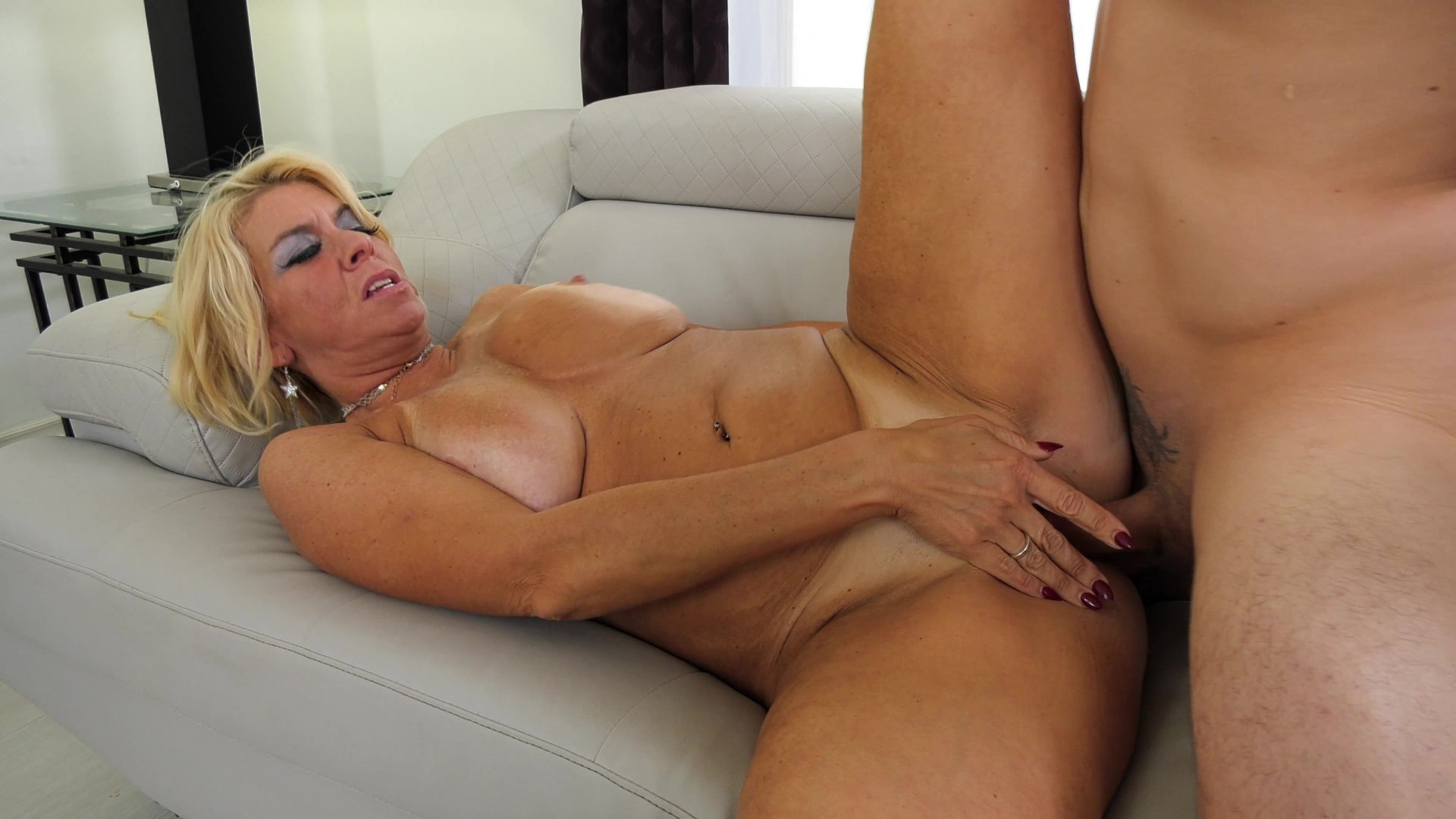 Mature women sex film #10