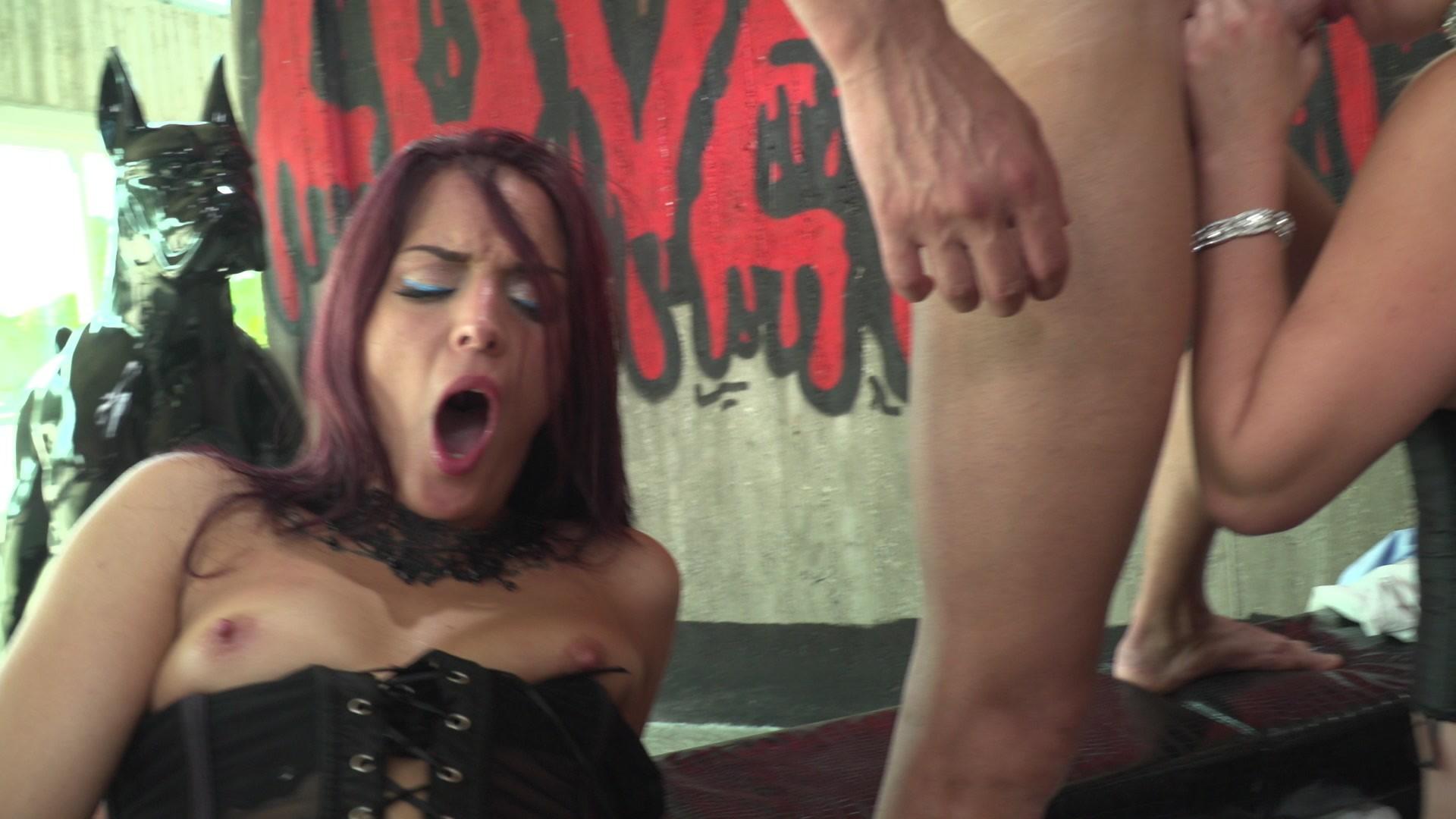 Lyen parker enjoys big dick anal sex 6