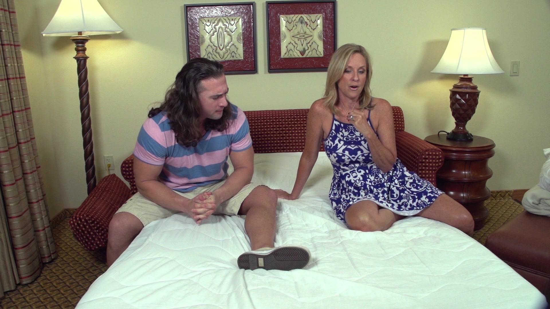 Смотреть hd сын ебет мать, Сын ебет мать: смотреть русское порно видео онлайн 10 фотография