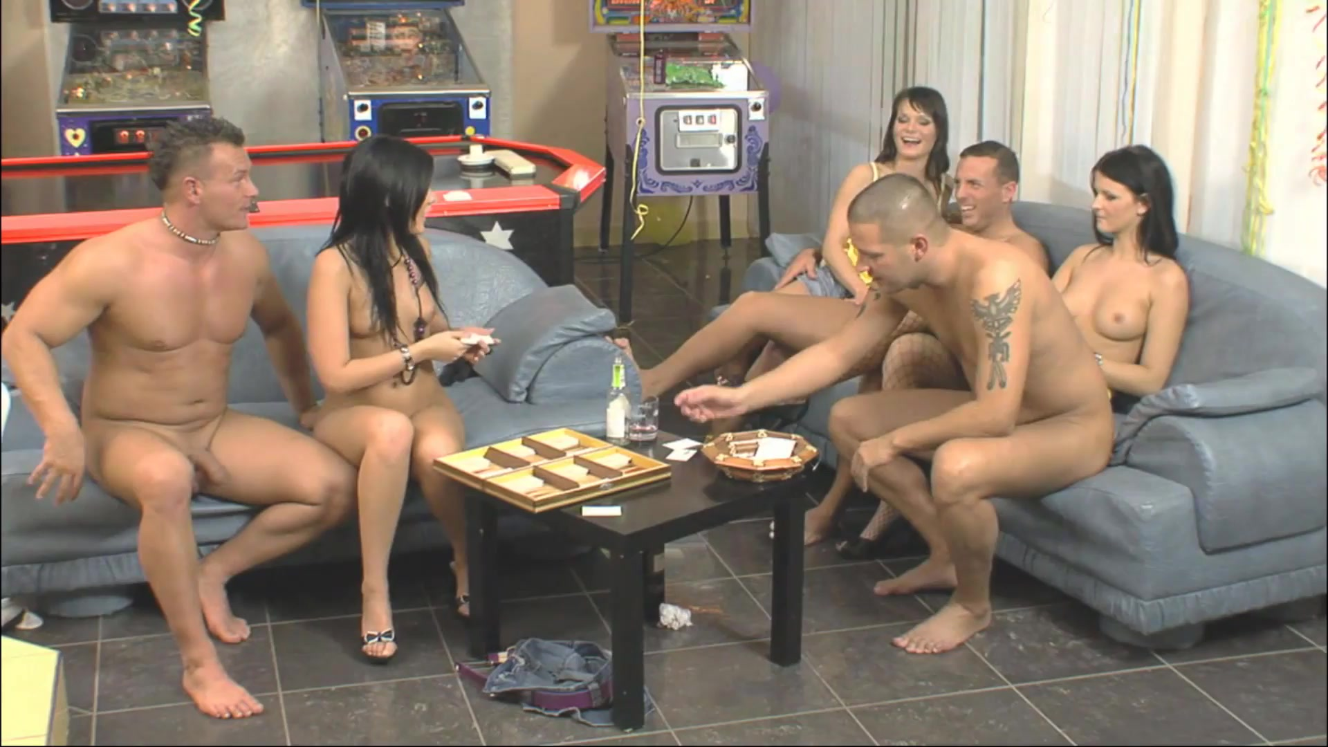Game Hard  Party Naked 2016  Adult Dvd Empire-8106