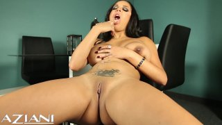 Streaming porn video still #8 from Gorgeous Women Up-Close and Personal 2