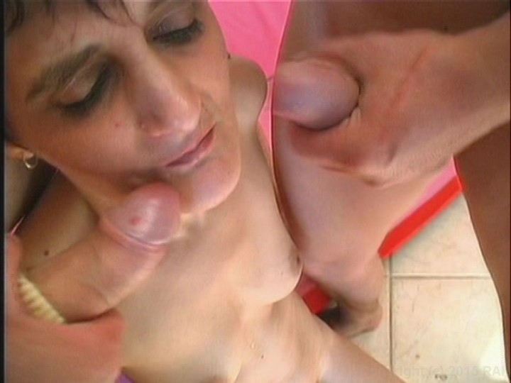 from Vicente porn old toothless woman pics