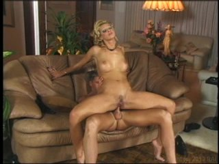 Streaming porn video still #8 from Anal Maniacs