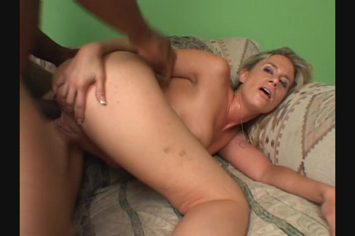 Cumming inside riding milf