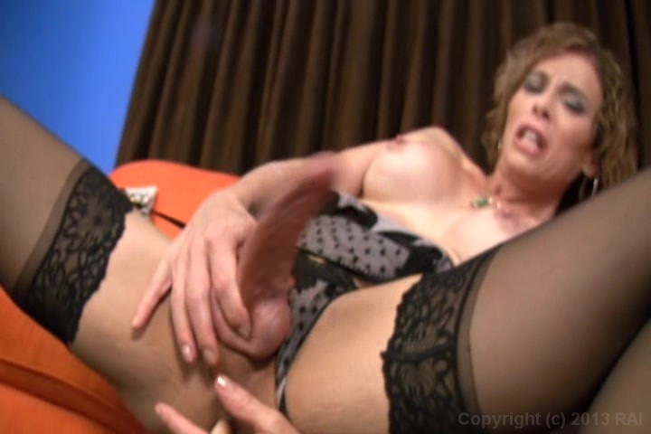 Free mature woman young girl movie