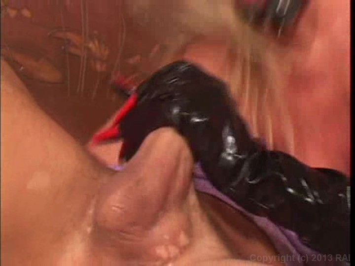 Latex moms soccer vod