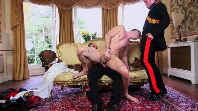amputierte prostituierte gay royall