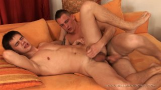 Streaming porn video still #9 from Pavol and Friends