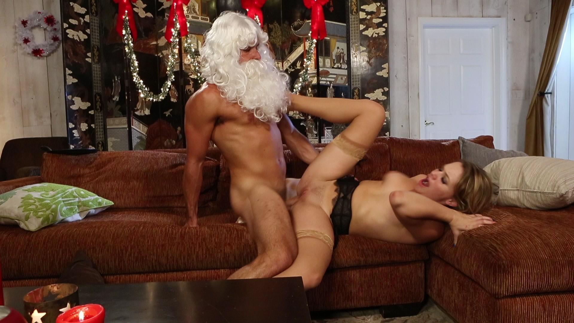 Похотливый санта порно игра, Рождественская флеш игра: Тифу трахает Санта Клаус 10 фотография
