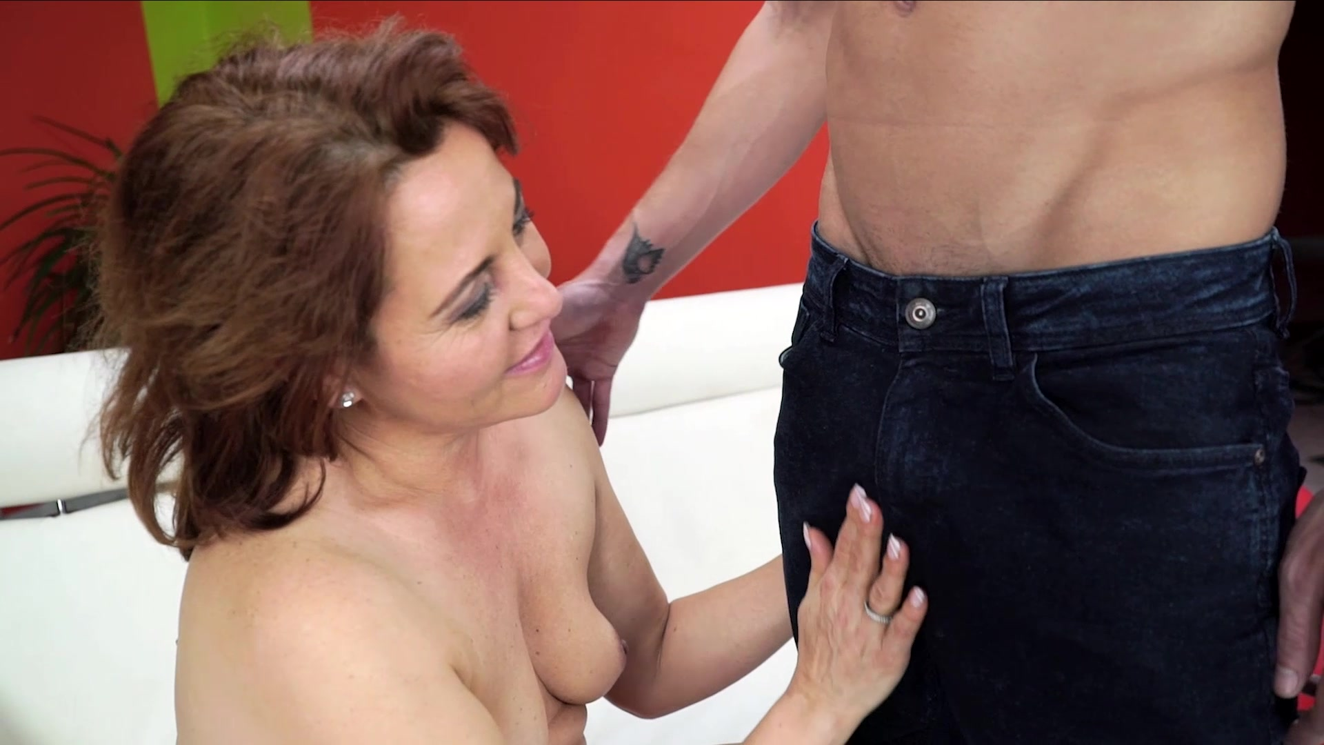 21sextreme large grandma gets ass plowed 4