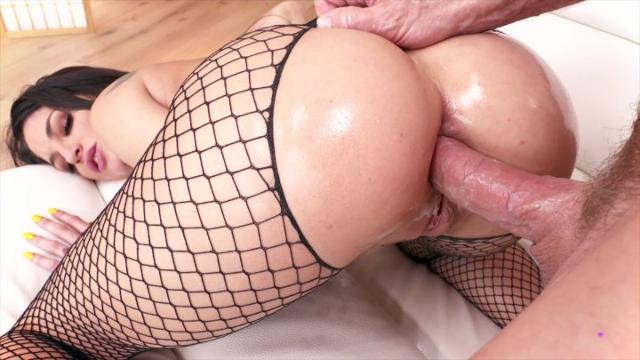 Streaming porn video still #6 from Corruption Of Kissa Sins, The