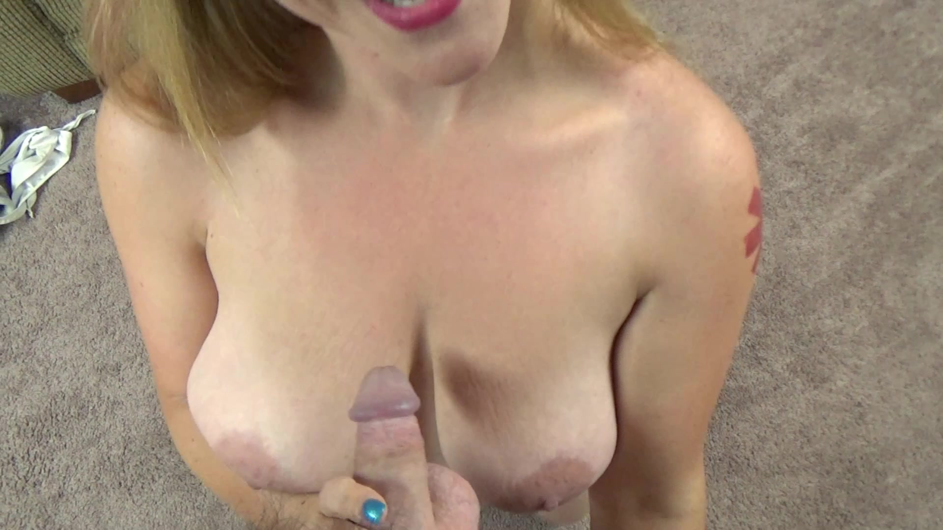 Redhead milf lia shayde uses a dong to pleasure her pussy 4