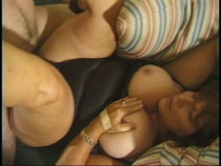 Interracial barebacking she-males